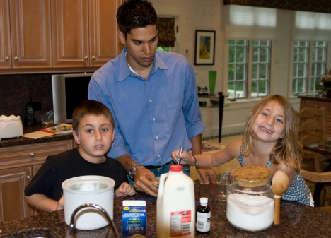 Ryan making ice cream with the kids.  YUM!!!!!